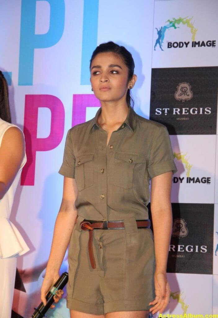 Alia-Bhatt-Stills-At-Sculpt-And-Shape-Book-Launch-2