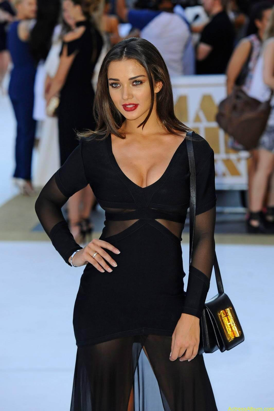 Amy-Jackson-Latest-Stills-Photos-Pictures-1