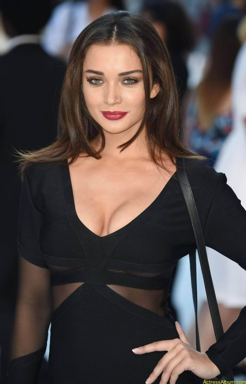 Amy-Jackson-Latest-Stills-Photos-Pictures-6