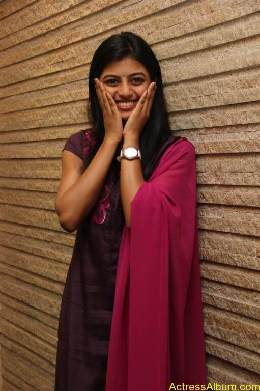 anandhi-latest-stills-14