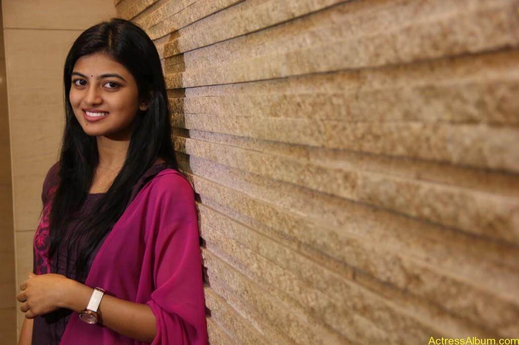anandhi-latest-stills-2