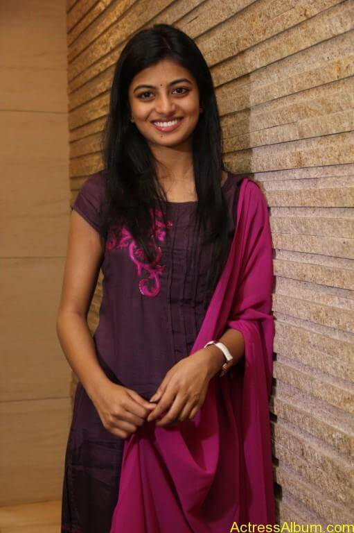 anandhi-latest-stills-3