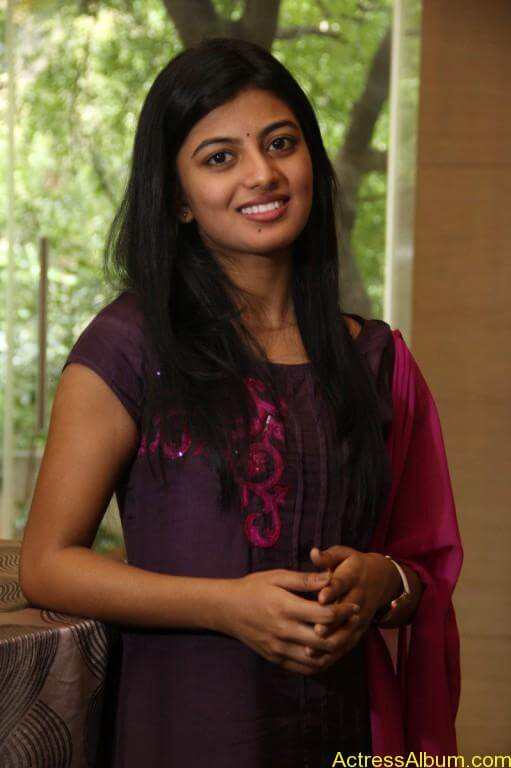 anandhi-latest-stills-4