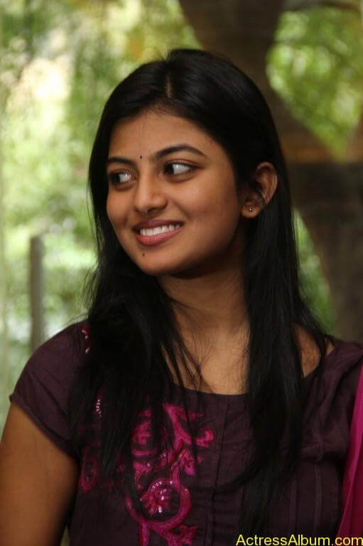 anandhi-latest-stills-6