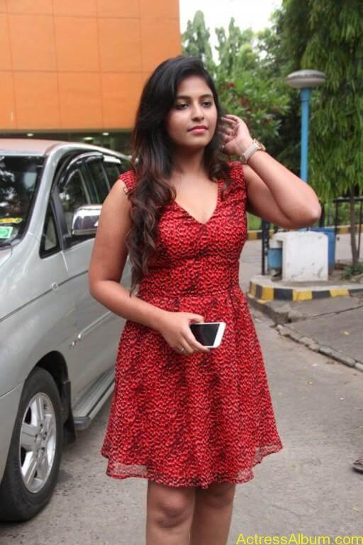 anjali-latest-stills-at-sagalakala-vallavan-appatakkar-movie-press-meet-10