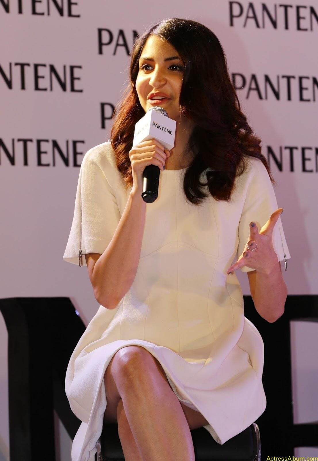 Anushka-Sharma-Latest-Stills-At-Pantene-Best-Ever-Launch-2
