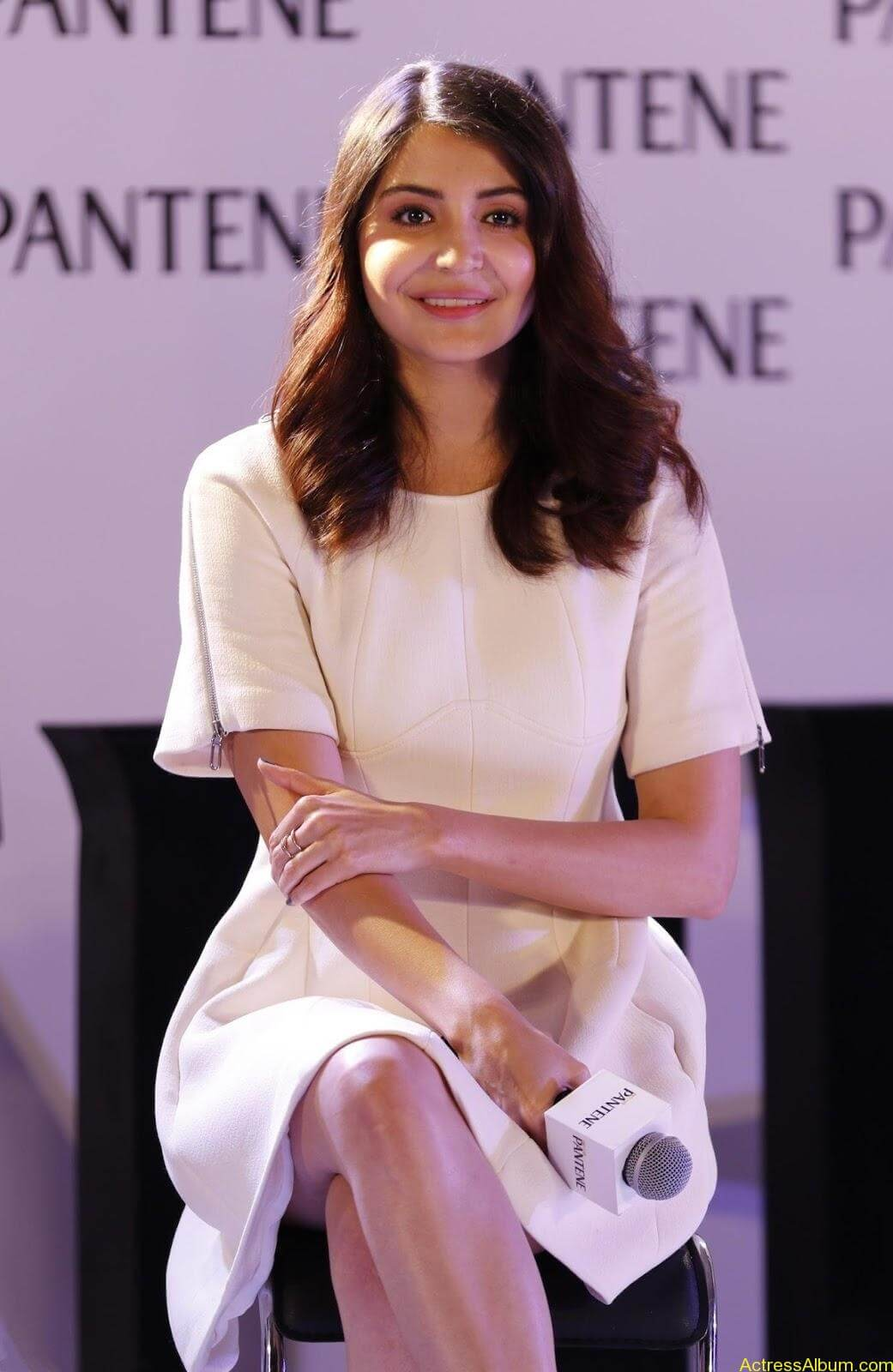Anushka-Sharma-Latest-Stills-At-Pantene-Best-Ever-Launch-9