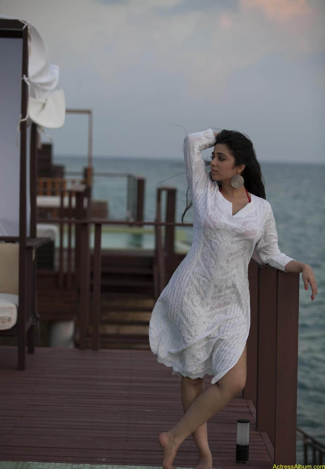 Charmi-kaur-latest-photoshoot-in-beach-1