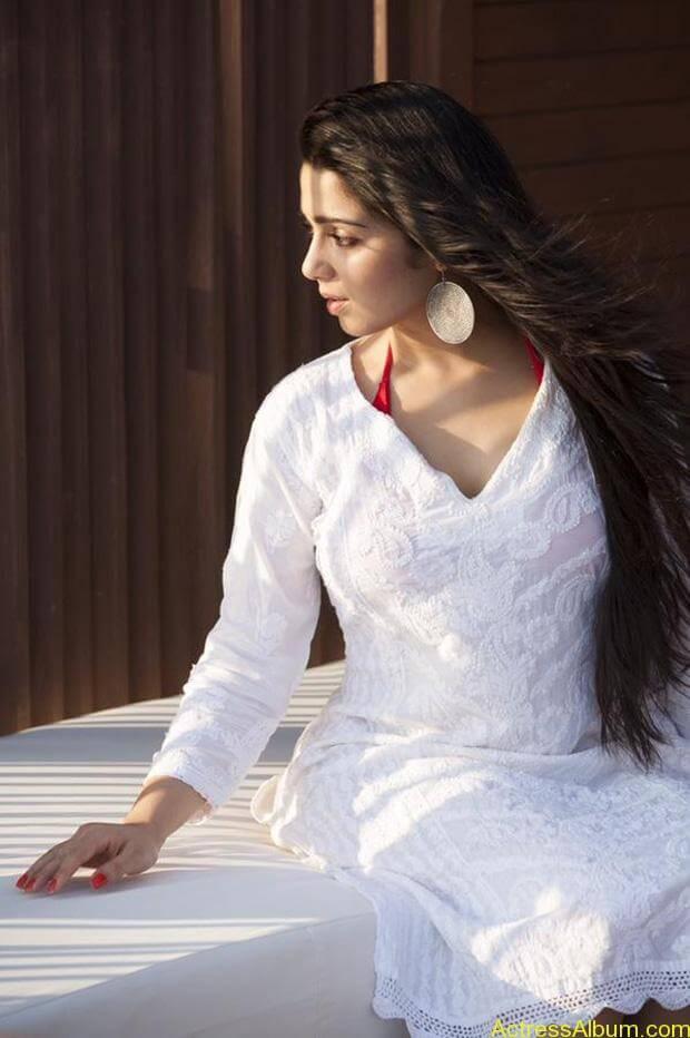 Charmi-Latest-Photo-Shoot