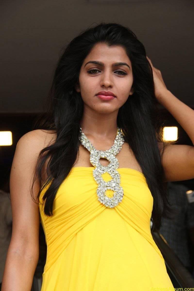 Dhansika-Stills-At-Vizhithiru-Movie-Audio-Launch-13