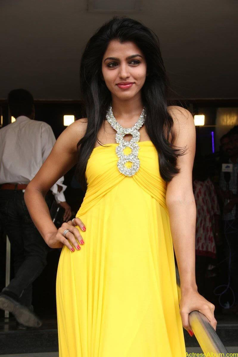 Dhansika-Stills-At-Vizhithiru-Movie-Audio-Launch-16