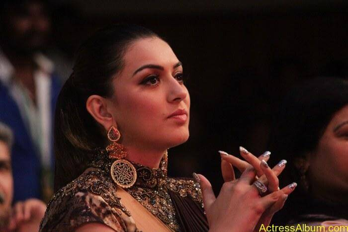 Hansika-Motwani-Stills-At-Puli-Movie-Audio-Launch-2