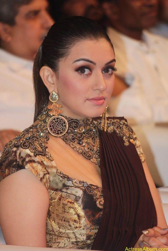Hansika-Motwani-Stills-At-Puli-Movie-Audio-Launch-6