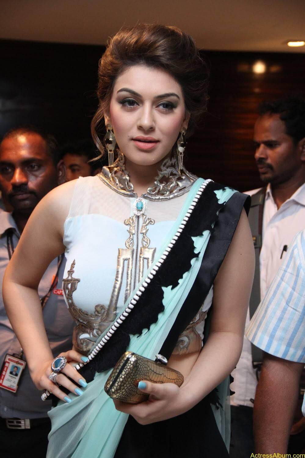 Hansika-Stills-At-Uyire-Uyire-Movie-Audio-Launch-01