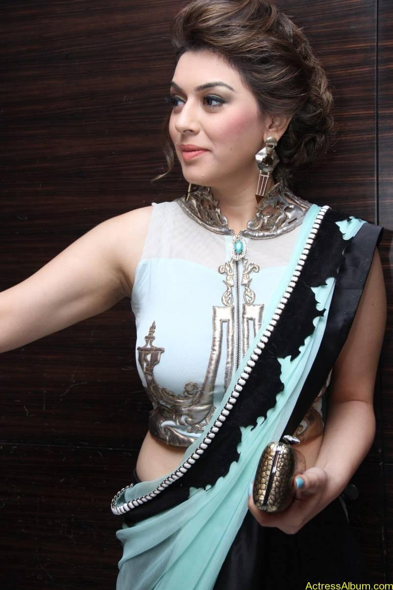 Hansika-Stills-At-Uyire-Uyire-Movie-Audio-Launch-03