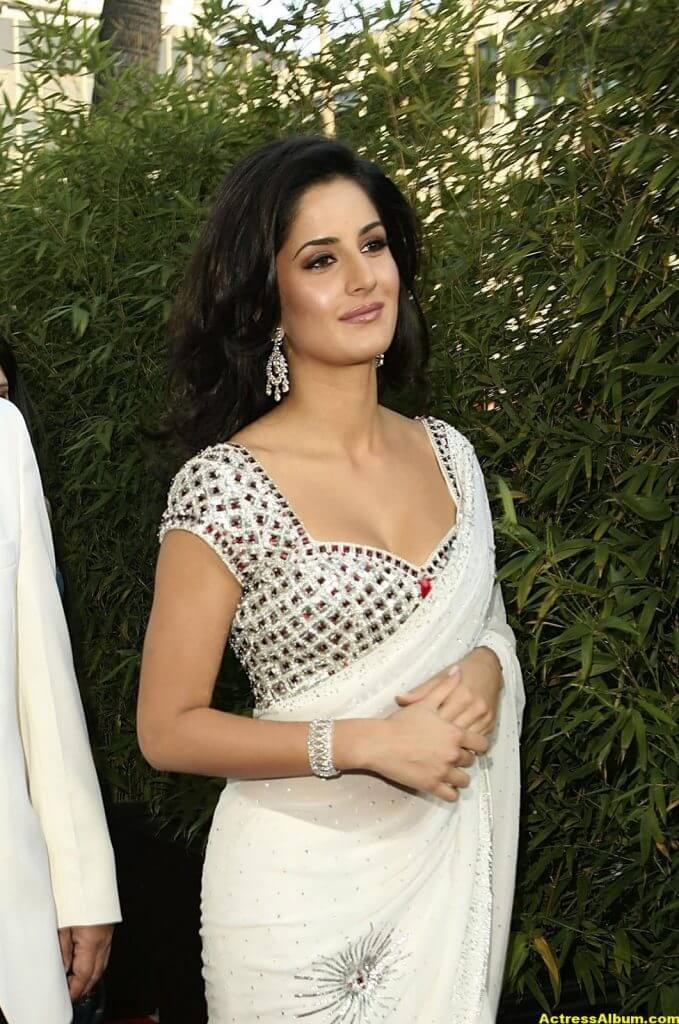 KATRINA KAIF LATEST PHOTOS IN WHITE SAREE - 1