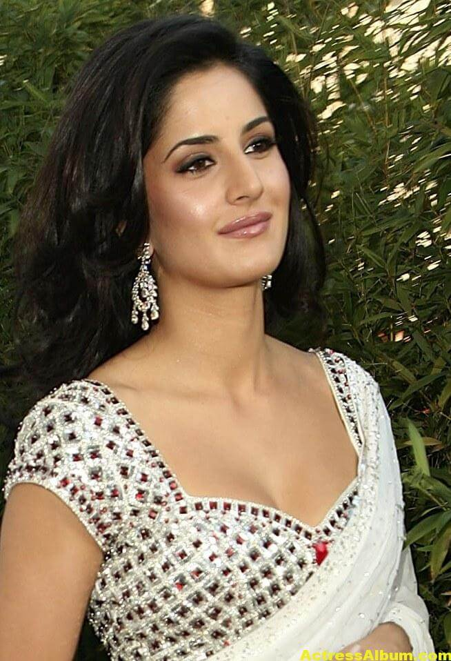 KATRINA KAIF LATEST PHOTOS IN WHITE SAREE - 4