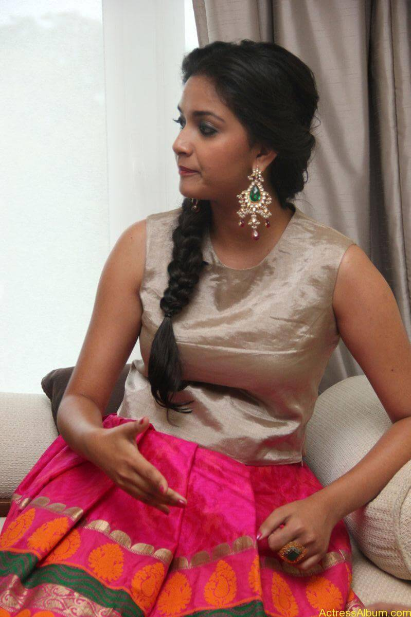 Keerthi-Suresh-Stills-At-Rajini-Murugan-Audio-Launch-02