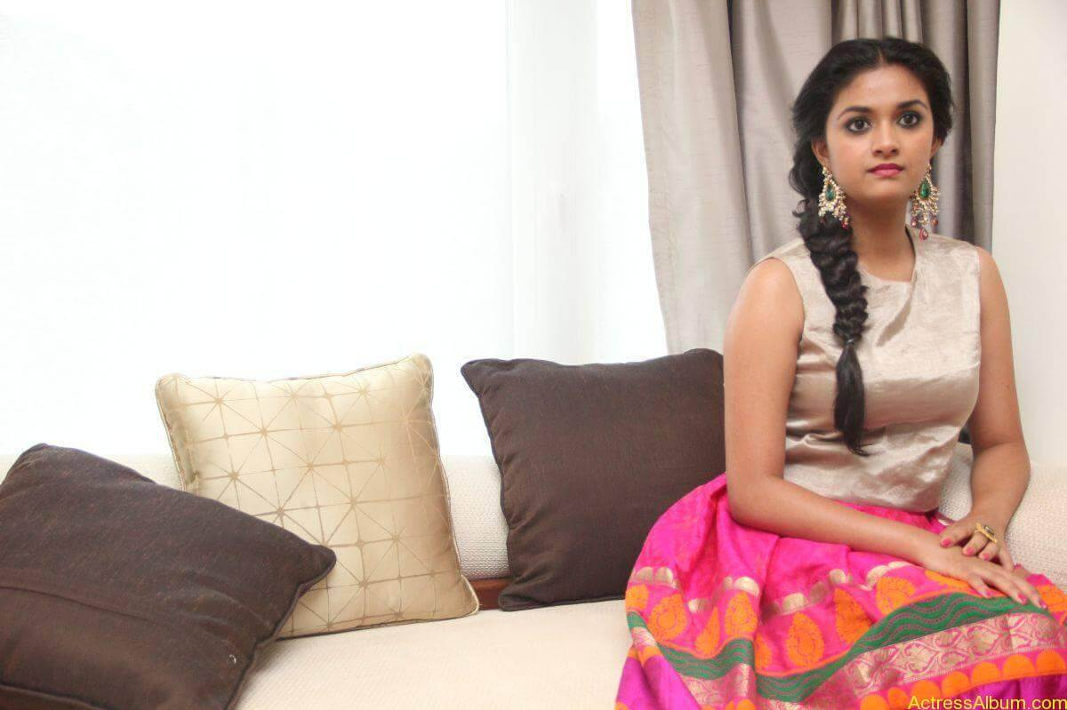 Keerthi-Suresh-Stills-At-Rajini-Murugan-Audio-Launch-16