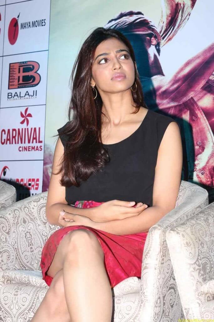Radhika Apte Photo Gallery - 7
