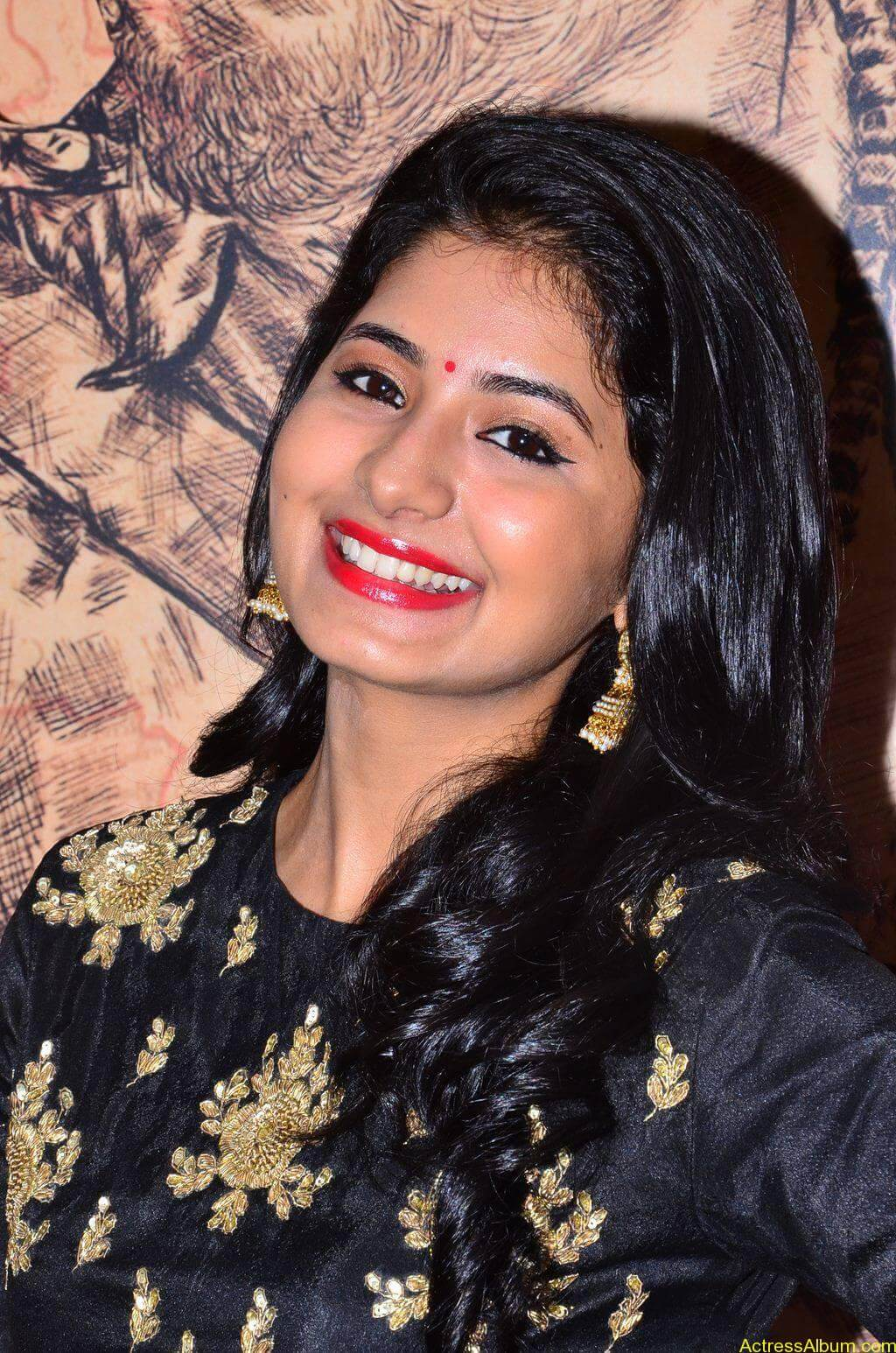 Reshmi-Menon-Stills-At-Urumeen-Movie-Audio-Launch-04