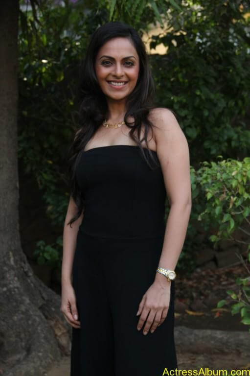 richa-pallod-latest-stills-photos-images-6