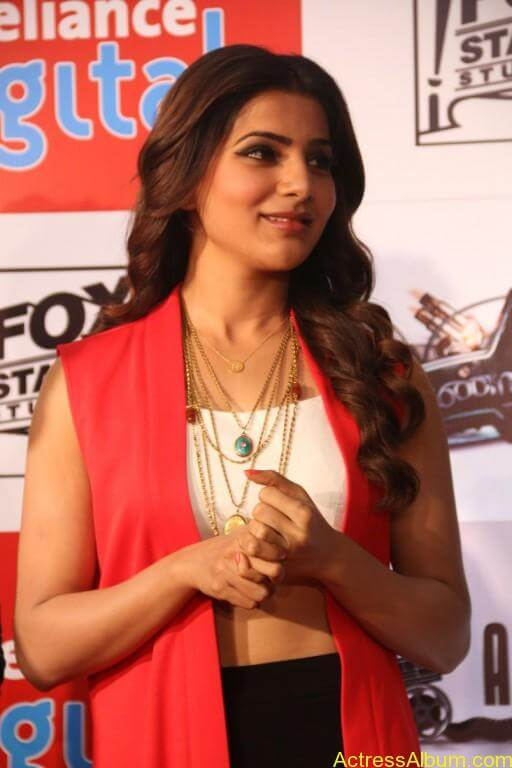 samantha-latest-stills-at-10-enrathukulla-movie-press-meet-photos-2