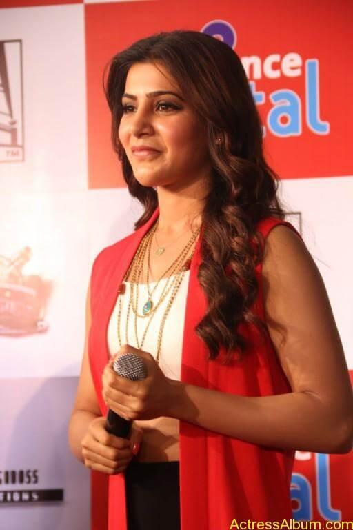 samantha-latest-stills-at-10-enrathukulla-movie-press-meet-photos-21