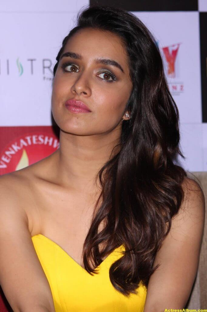 Shraddha-Kapoor-Latest-Photos-Stills-Images-4