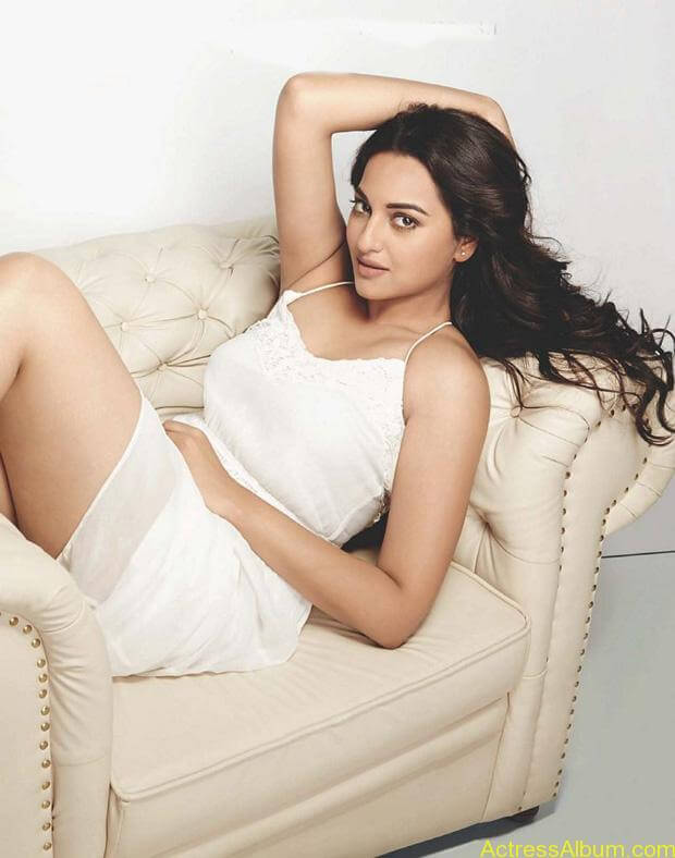 Sonakshi-Sinha-Photoshoot-For-Maxim-Photos-5