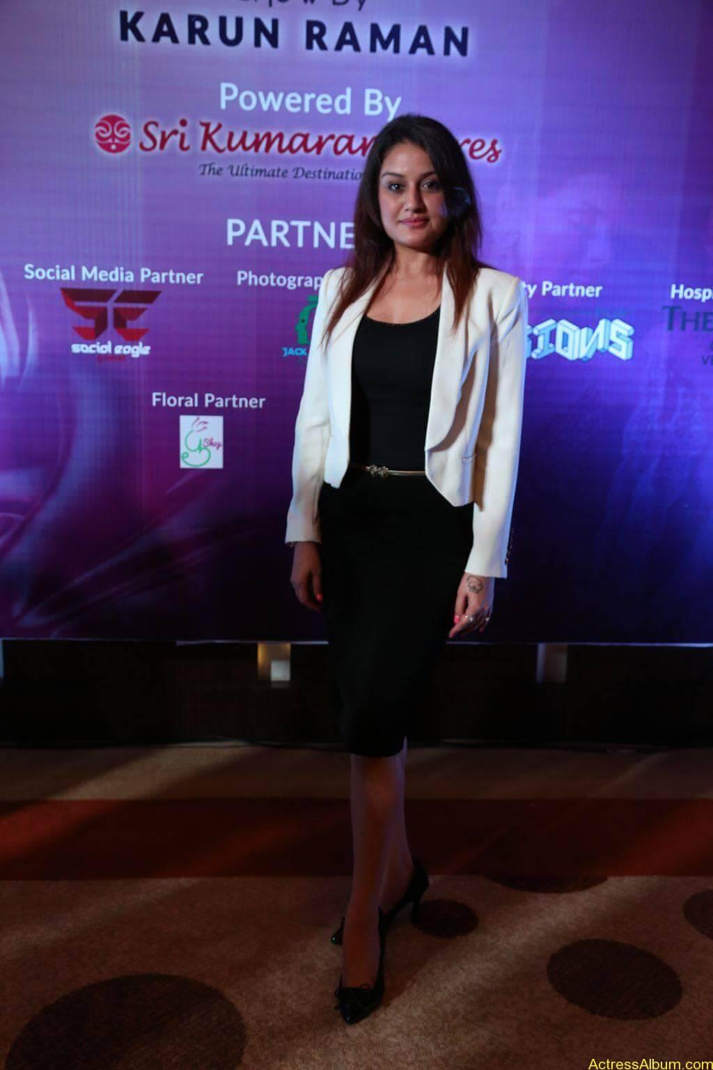 Sonia-Agarwal-Stills-At-Chennai-Fashion-Week-Press-Meet-02
