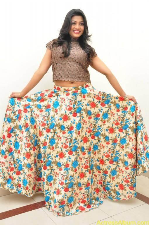 soumya-latest-stills (35)