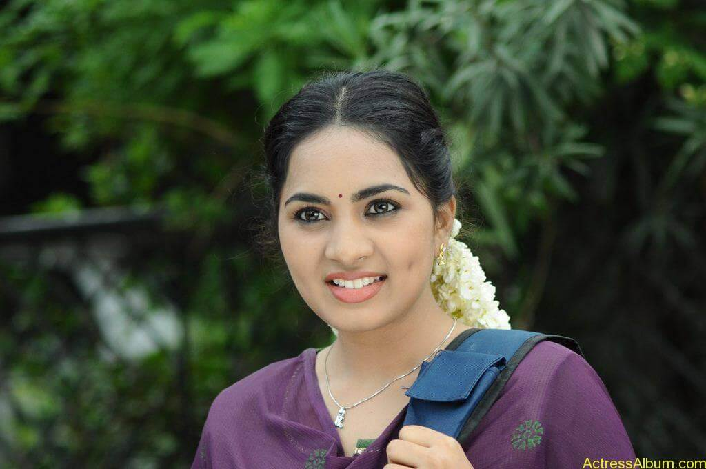 Srushti-Dange-Stills-From-Puriyatha-Anantham-Puthithaga-Aarambam-Movie-5