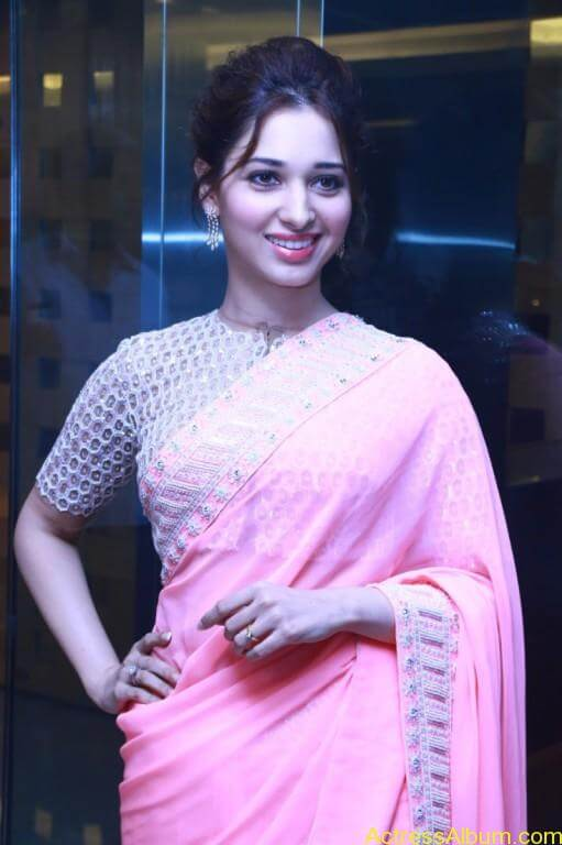 Tamanna-Stills-At-Baahubali-Tamil-Trailer-Launch-1