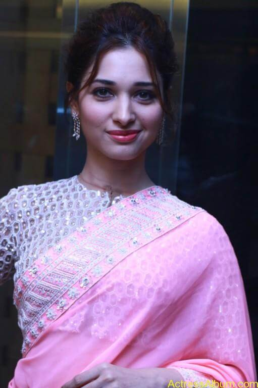Tamanna-Stills-At-Baahubali-Tamil-Trailer-Launch-2