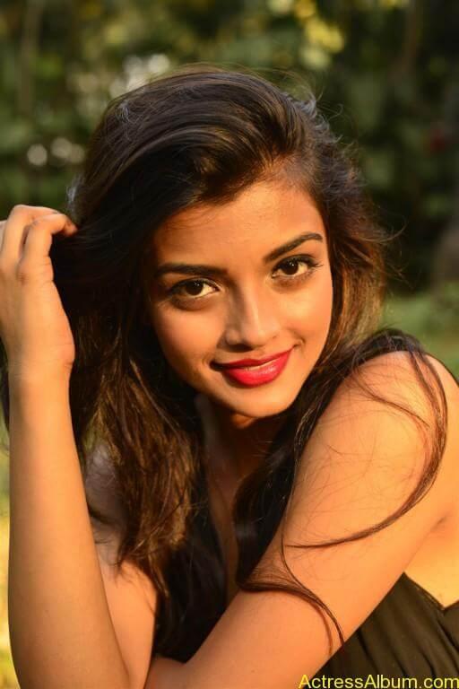 Tamil Actress Ashna Zaveri Latest Gallery - 11