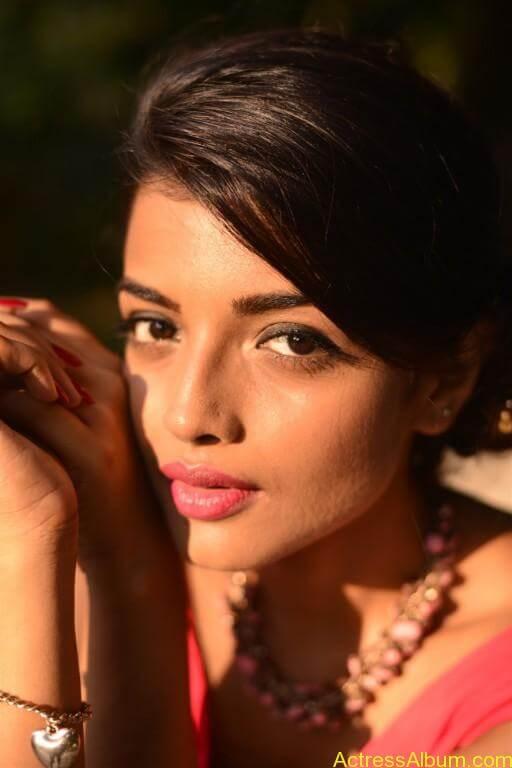 Tamil Actress Ashna Zaveri Latest Gallery - 5