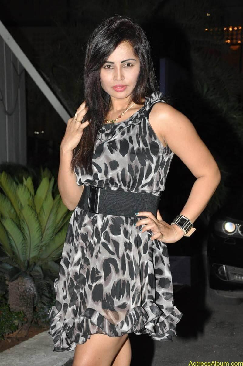 Tamil Actress Hashika Dutt Latest Gallery - 13