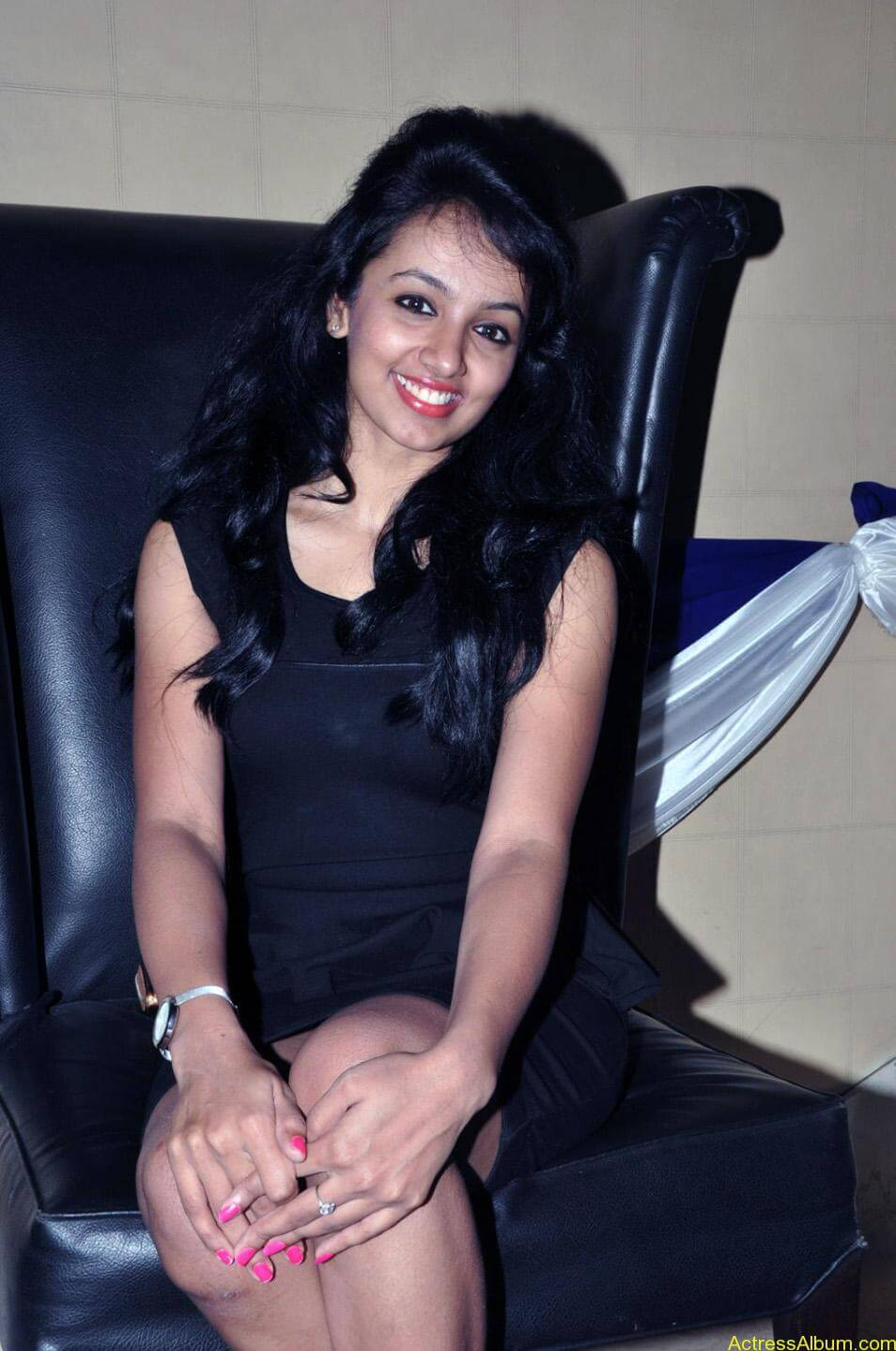 Tejaswi-photos-stills-cf-09