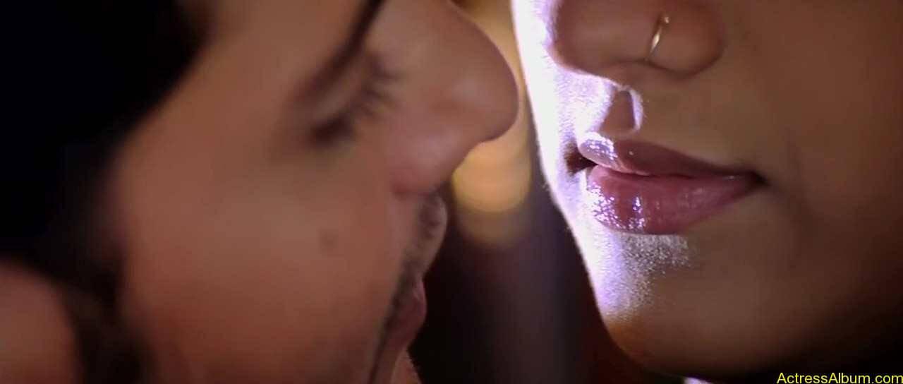 trisha-kiss-stills-1