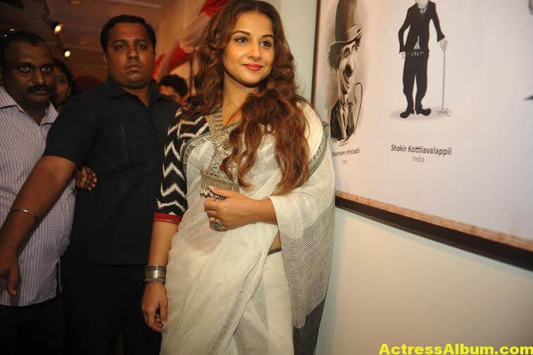 Vidya-Balan-inaugurates-Chaplin-Lines-exhibition-photos-3