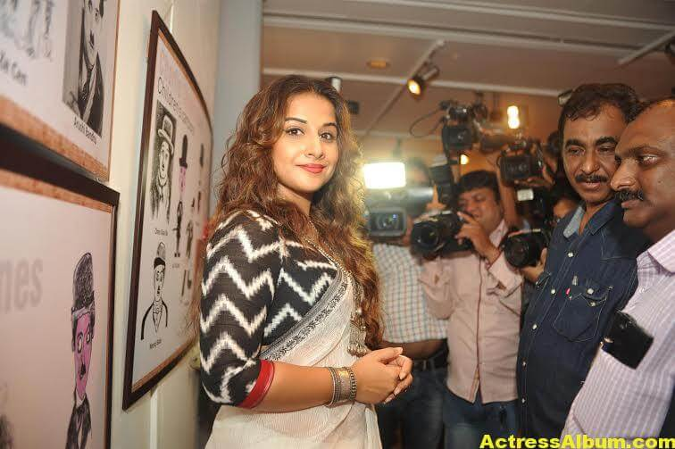 Vidya-Balan-inaugurates-Chaplin-Lines-exhibition-photos-5