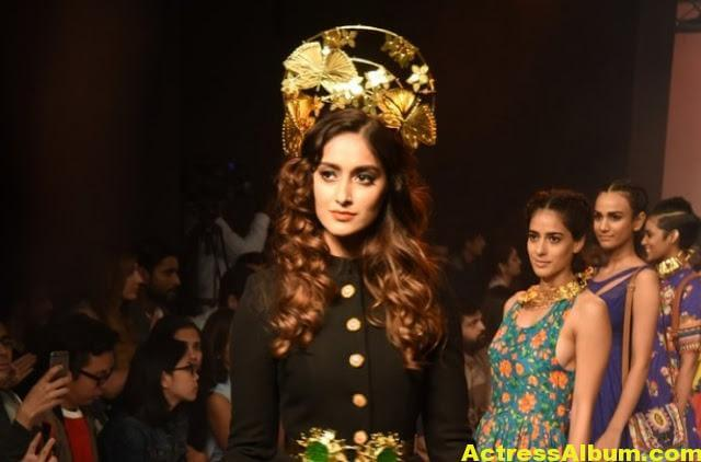 Ileana Latest Hot Ramp Walk Photos -3