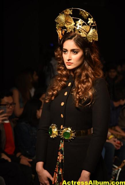 Ileana Latest Hot Ramp Walk Photos -5
