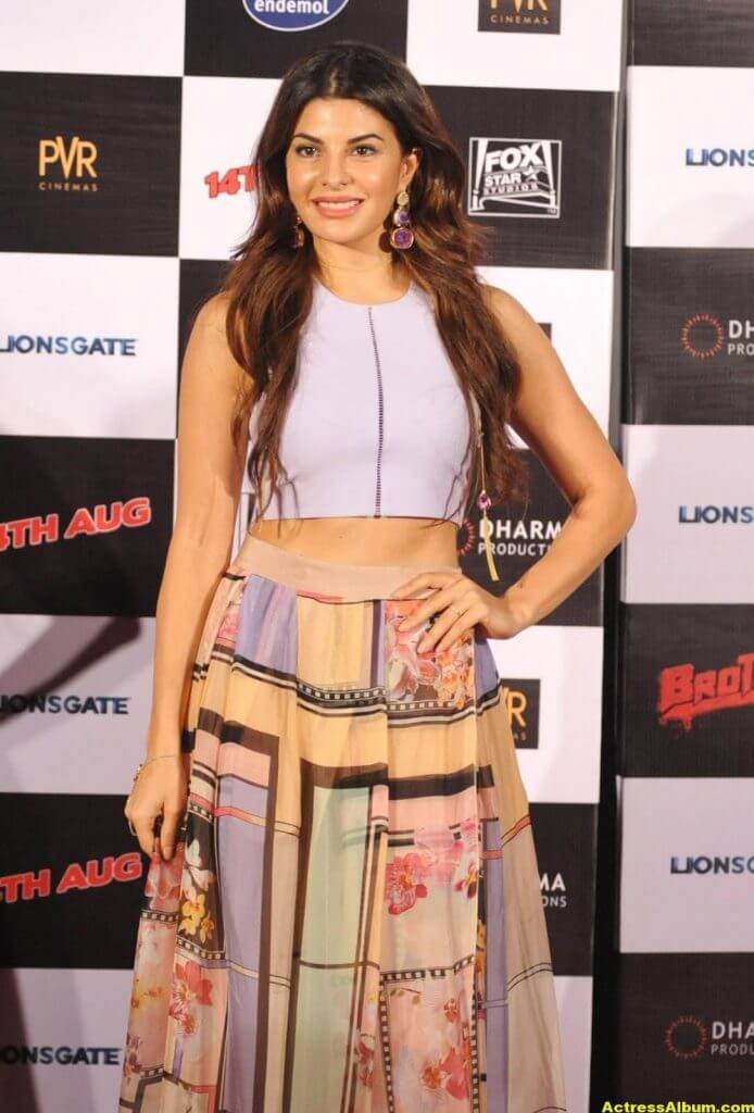 Jacqueline-Fernandez-Stills-At-Brothers-Trailer-Launch-0