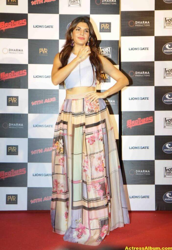 Jacqueline-Fernandez-Stills-At-Brothers-Trailer-Launch-3