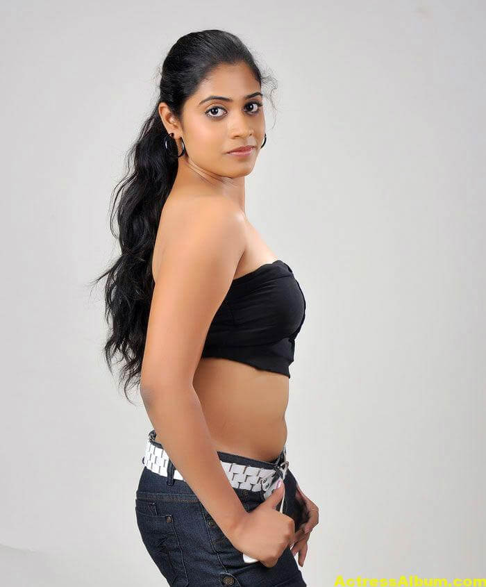 Samatha-Telugu-Actress-Hot-Stills-3