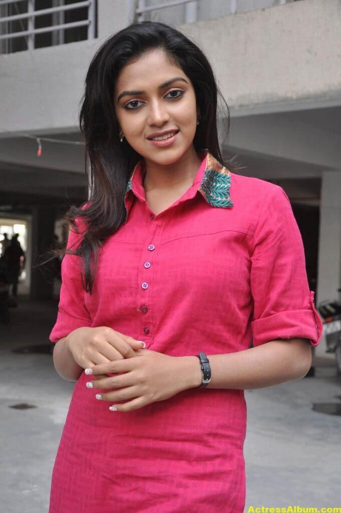 Actress Amala Paul Pink Top Closeup Gallery...3