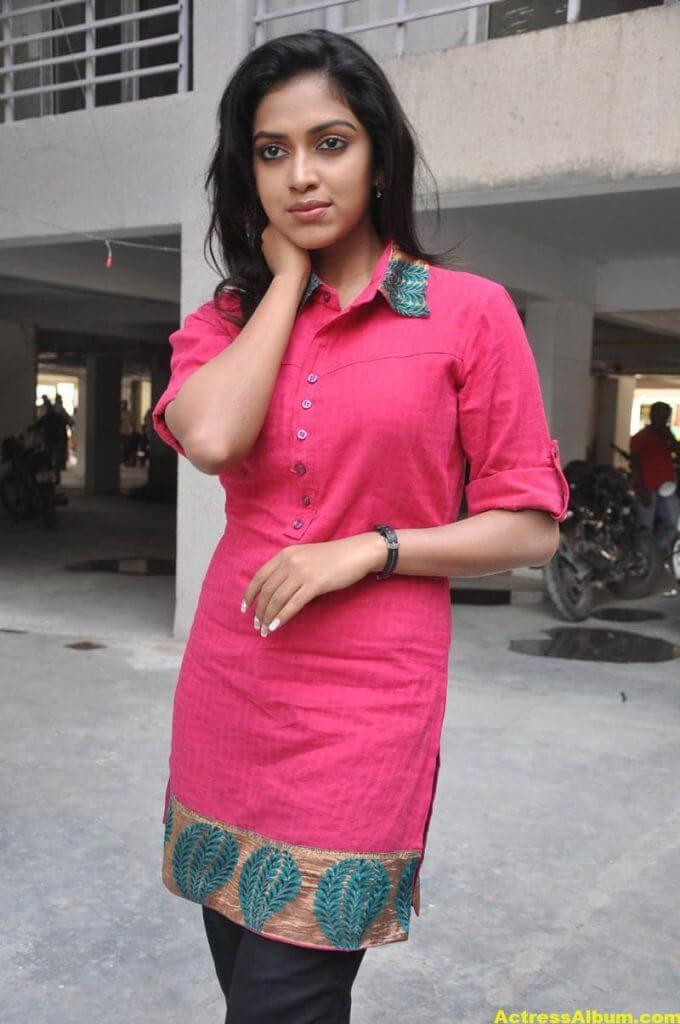 Actress Amala Paul Pink Top Closeup Gallery...4