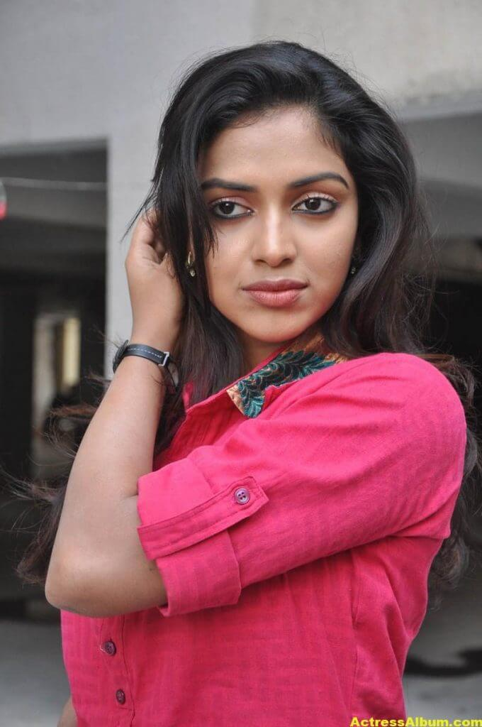 Actress Amala Paul Pink Top Closeup Gallery...5